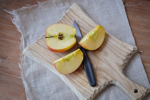wooden-cutting-board
